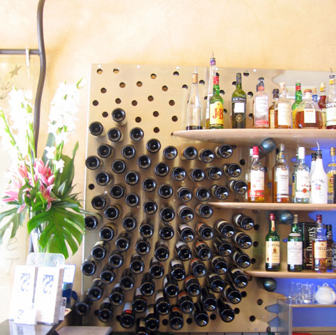 Fibonacci spiral bottle rack